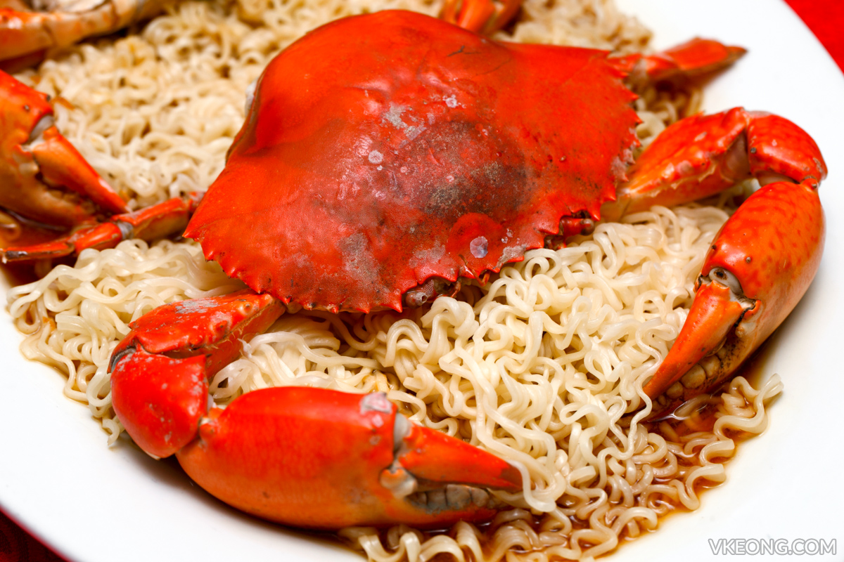 Steamed Crab with Maggi Noodle
