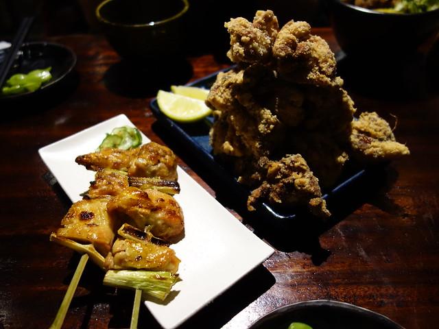 滿到有陰影的雞肉唐揚與蔥鹽雞肉串@花蓮老時光居酒屋