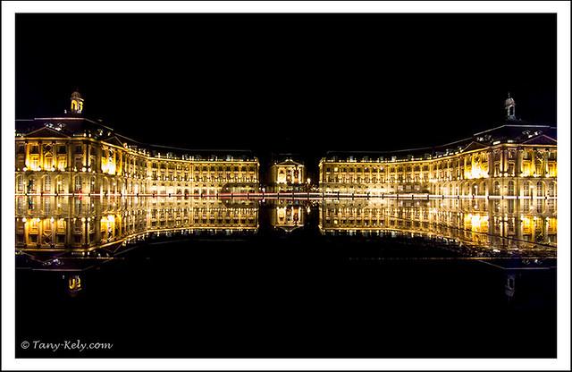 Bordeaux son miroir d 39 eau et son tramway bordeaux for Miroir 3 pans