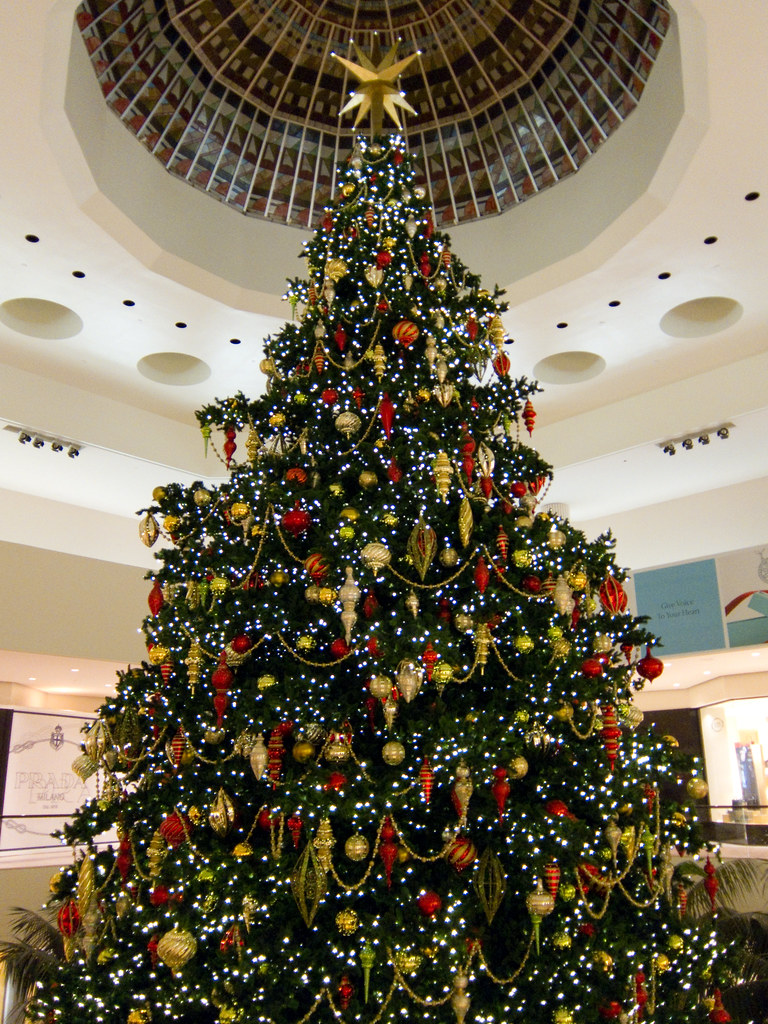 christmas tree in south coast plaza | taken from the second … | Flickr