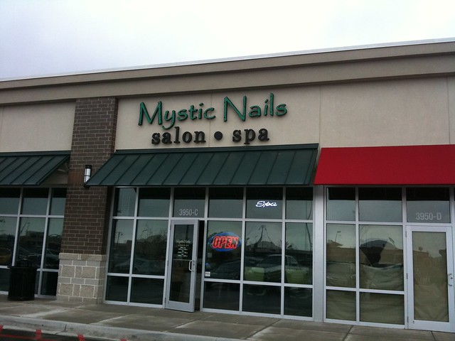 Mystic Nails And Spa Riverview
