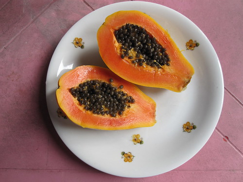 Papaya | by veganbackpacker