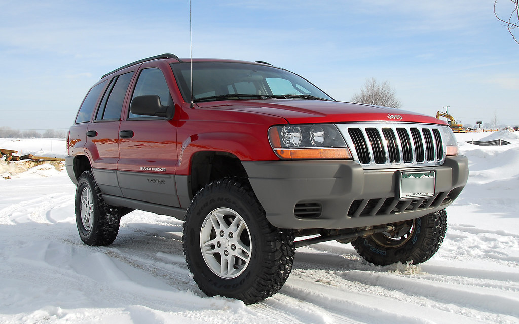 WJ with 3 inch IRO lift and 265-75-16's.. | Larry James ...