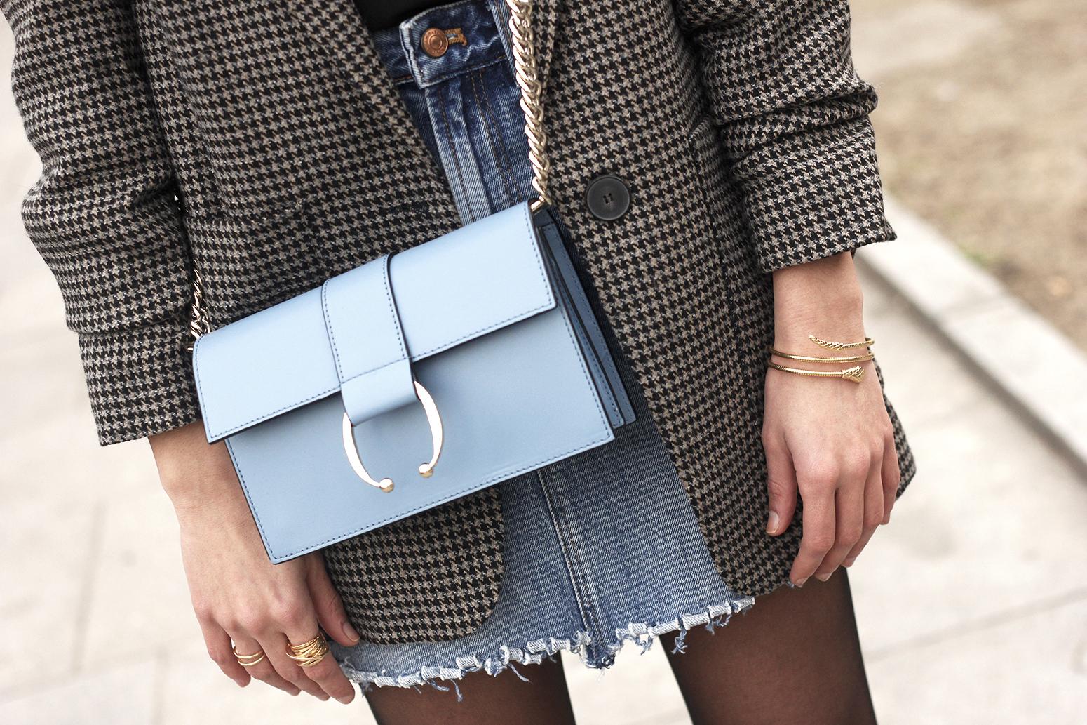 houndstooth blazer jacket denim skirt blue uterqüe bag black heels style fashion outfit11