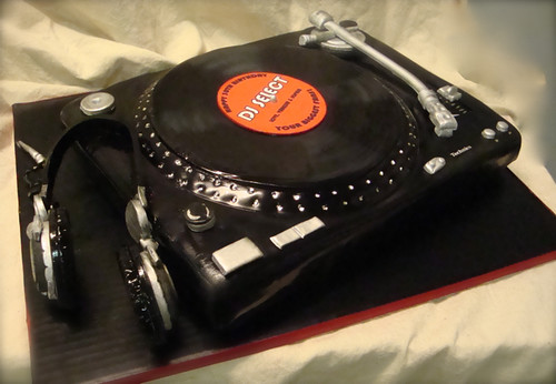 Turntable Cake With Headphones Yes Another Turntable