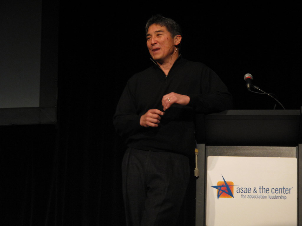 Guy Kawasaki The Art Of Social Media Pdf
