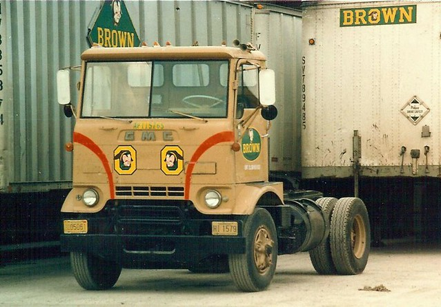 """Chevy Trucks Com >> GMC Cracker box """"Brown"""" 