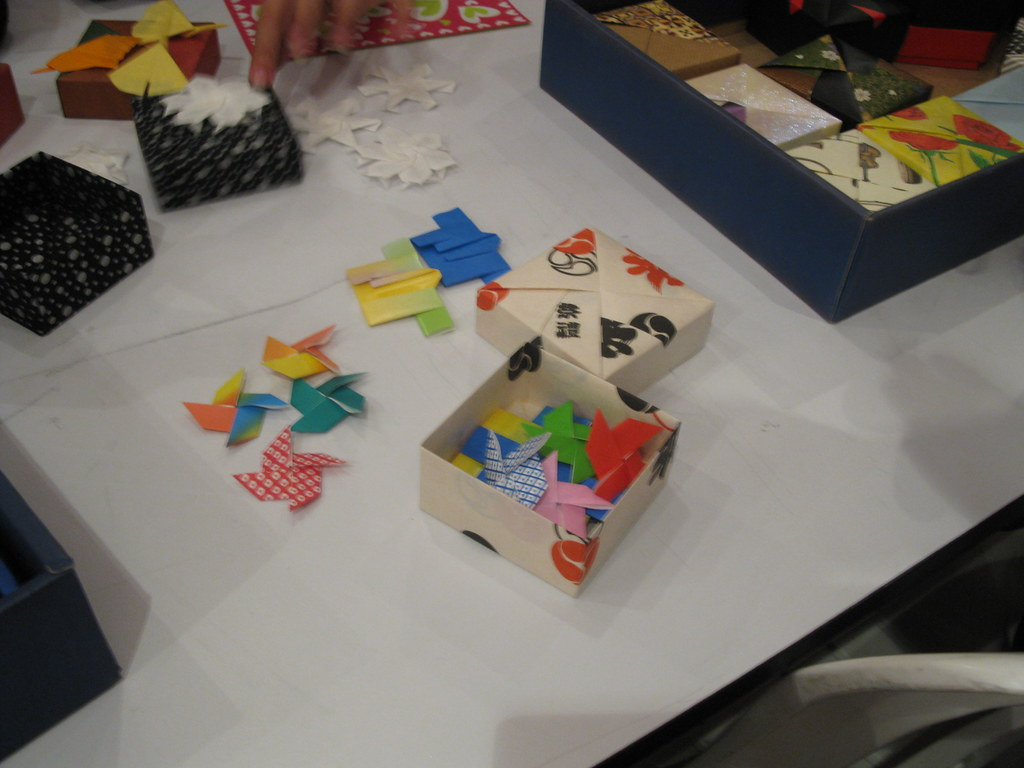 modular boxes 10 by tomoko fuse