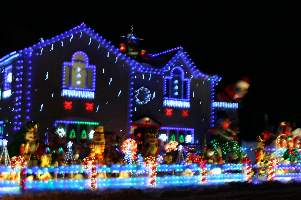 best christmas decorated house in queens by homepronyc