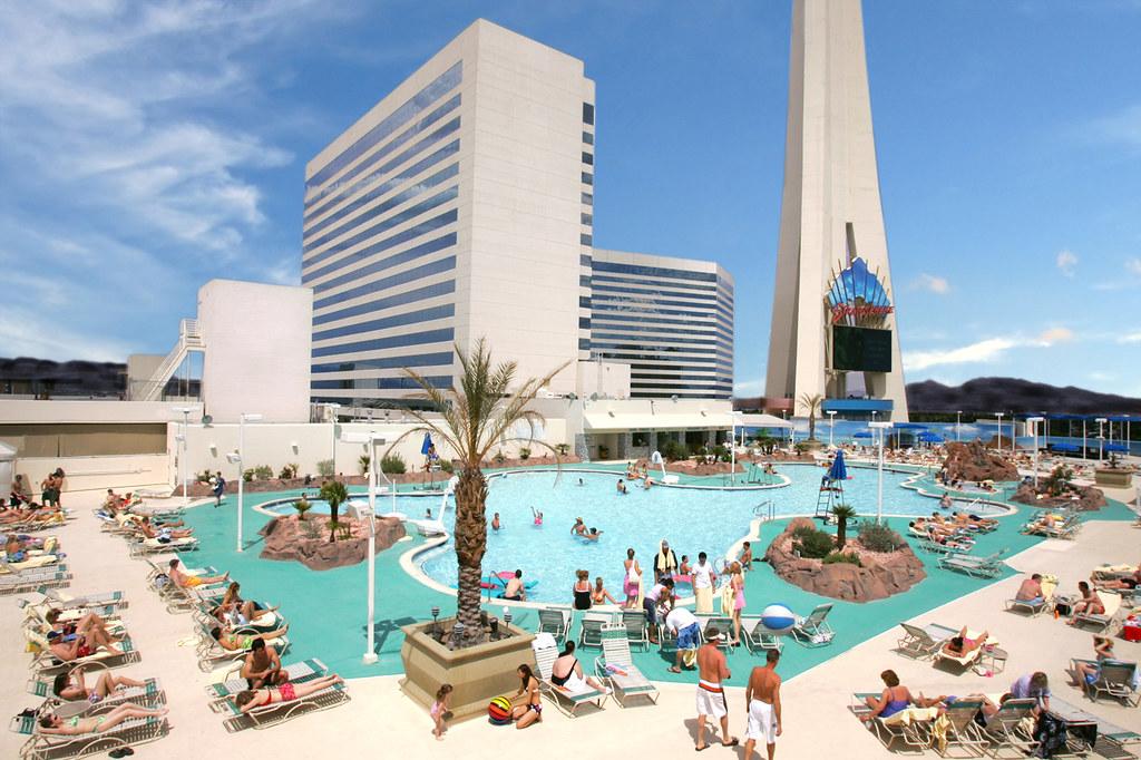 Stratosphere tower casino las vegas slot machine big wins 2015