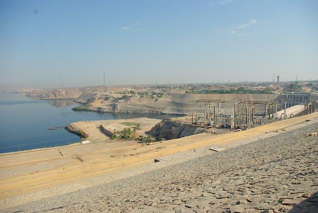 aswan dam cold war