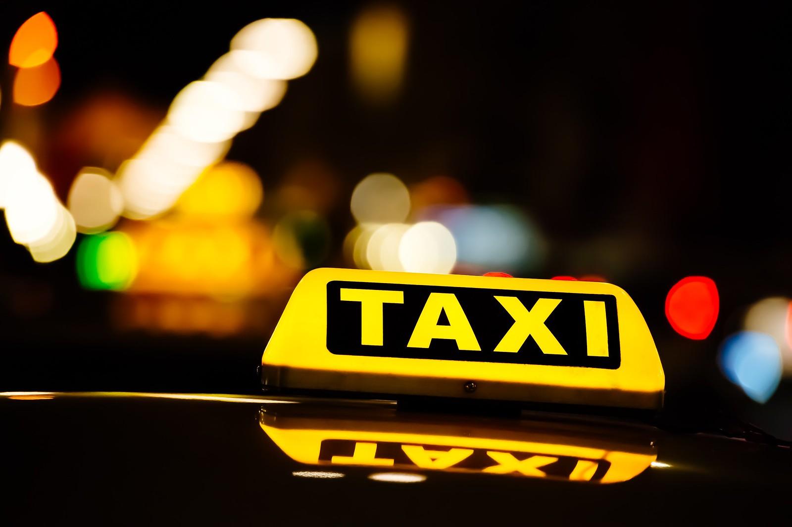 Uber: pro e contro della start-up avversata dai tassisti