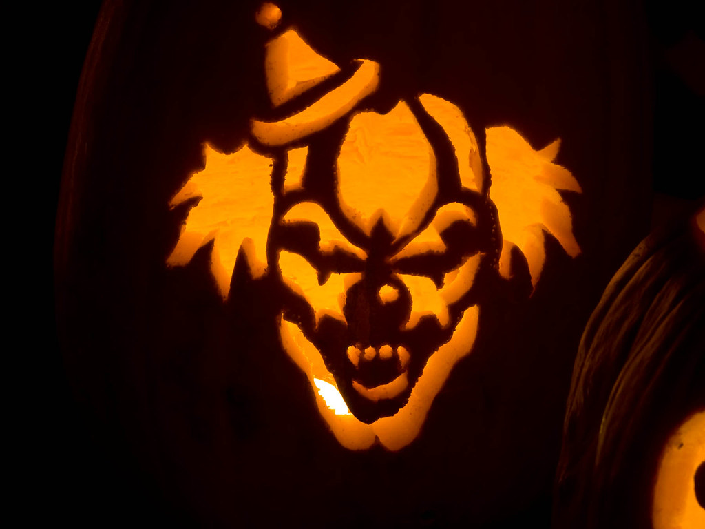 Scary Clown Greg Carved This Jack o lantern
