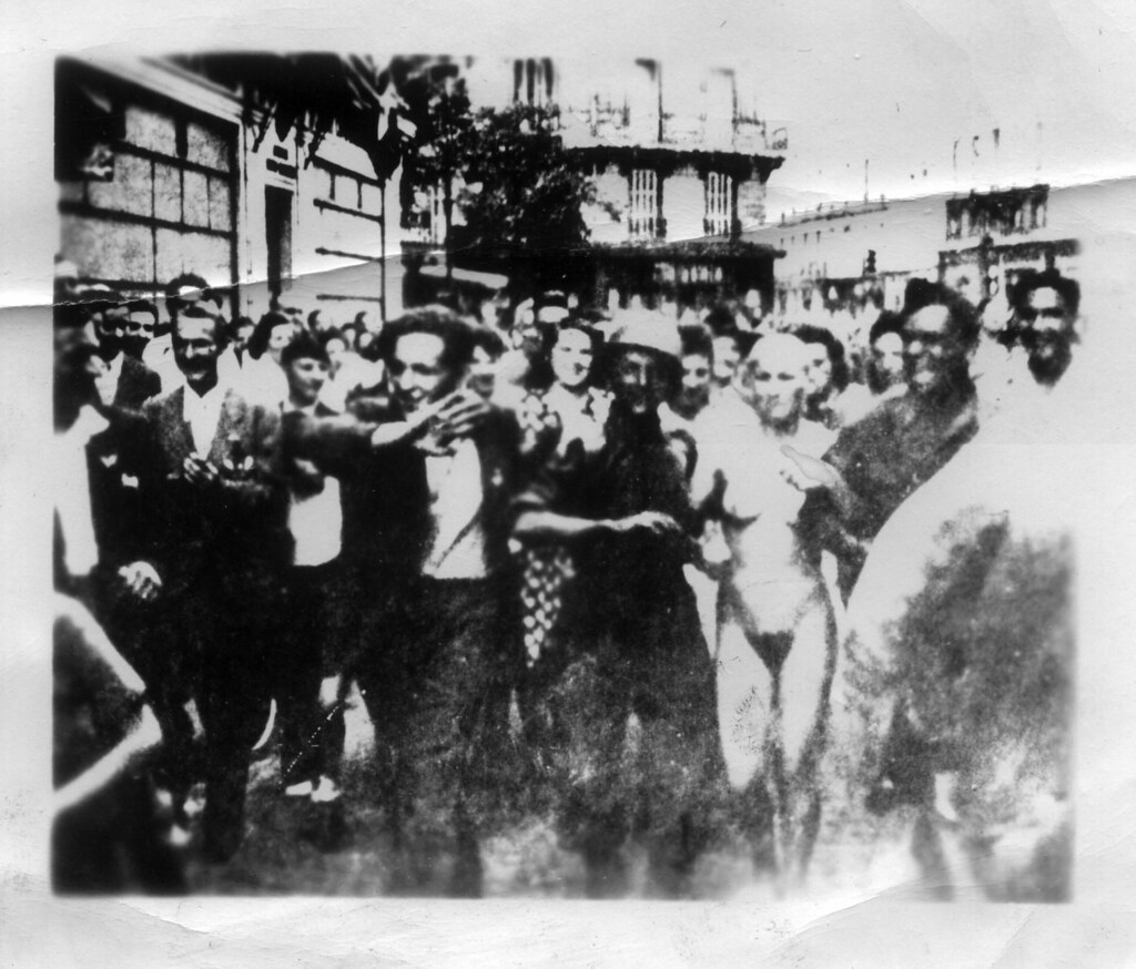 Nazi collaborators head shaved