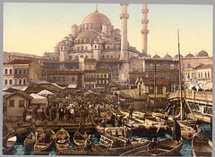 [Yeni Cami mosque and Eminönü bazaar, Constantinople, Turkey] (LOC) | by The Library of Congress
