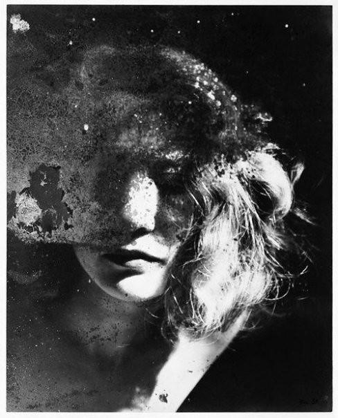 Raoul ubac portrait dans un miroir 1938 gunther for Miroir 3 pans