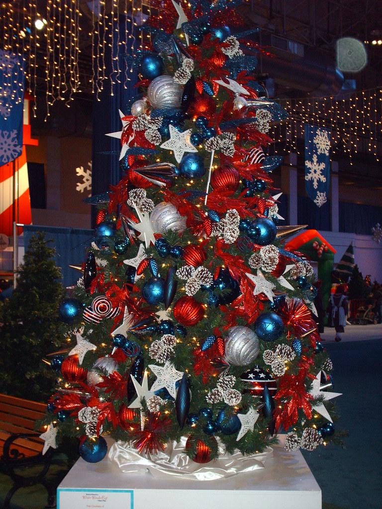 Patriotic Christmas Tree Navy Pier Winter Wonderfest Dec