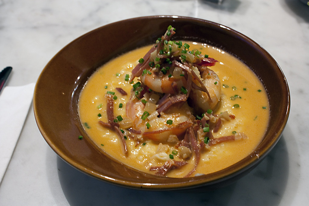Shrimp And Grits Using Grit Cakes