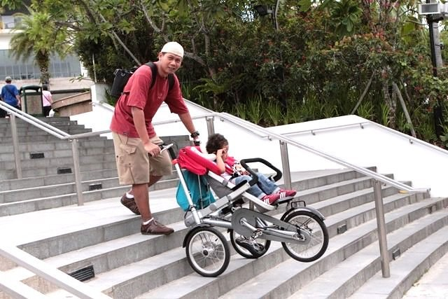Taga in Singapore (Stroller mode) - ascending stairs | Flickr