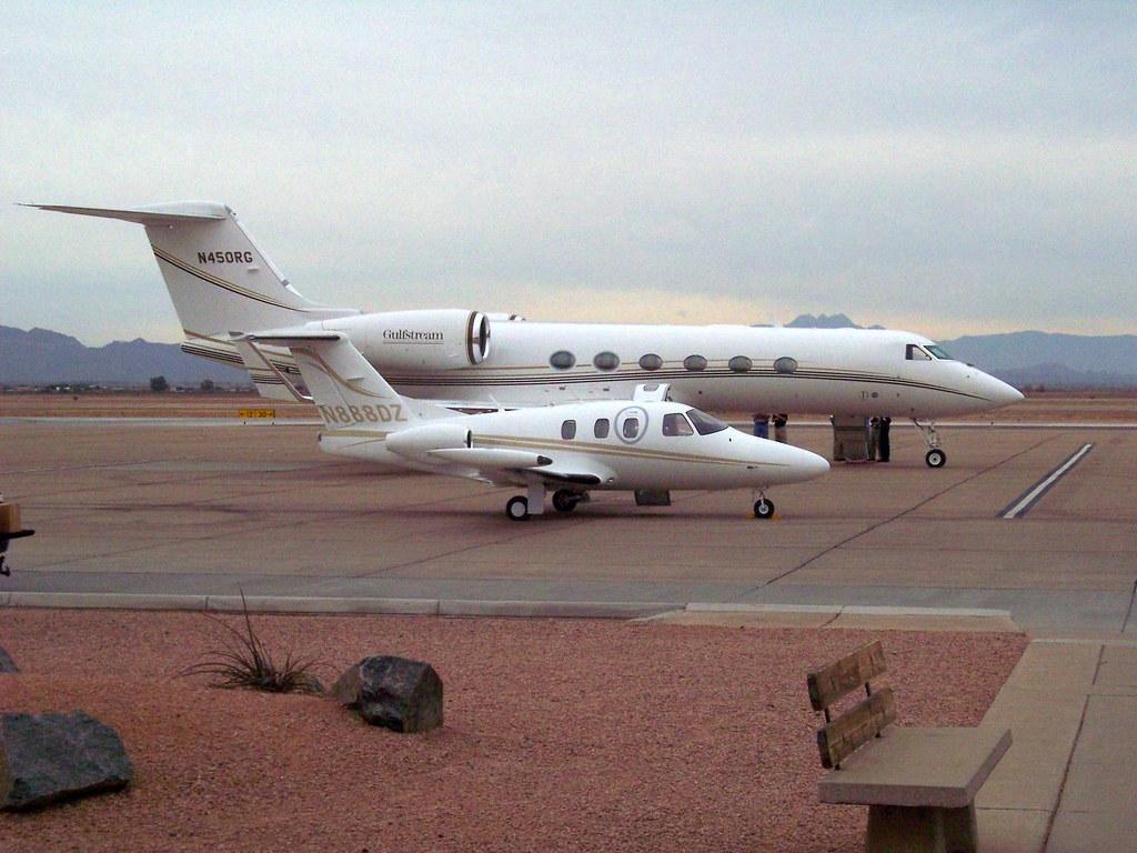 Gulfstream G350 N450rg Eclipse 500 N888dz G350 Leasing