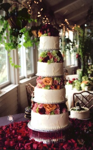 how tall is a 3 tier wedding cake tier floral wedding cake vleckas flickr 15561