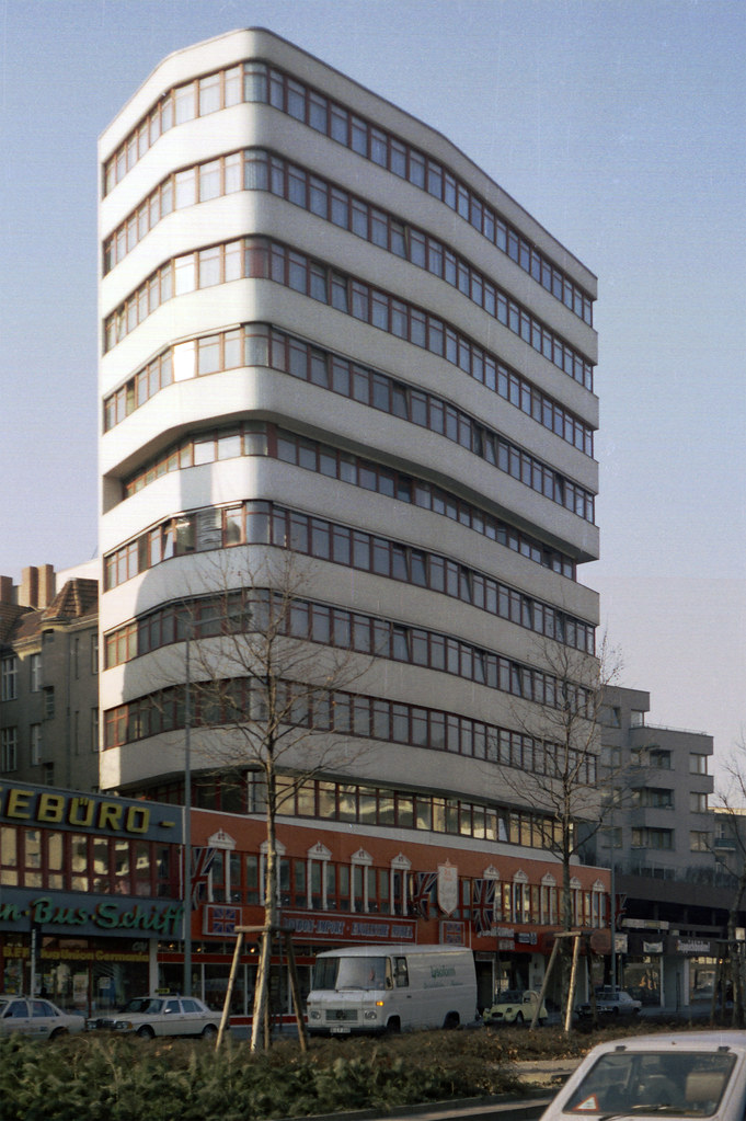 Hotel panorama am adenauerplatz berlin 1981 hotel for Hotel panorama hotel