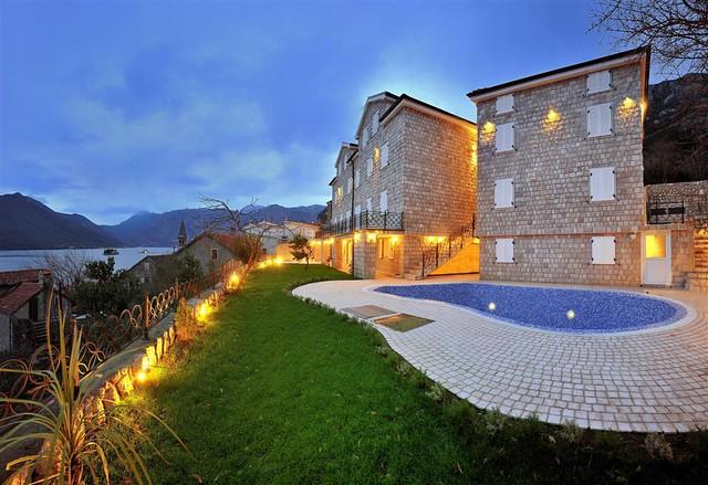 Hotel per astra in perast kotor boka bay montenegro for Boutique hotel kotor