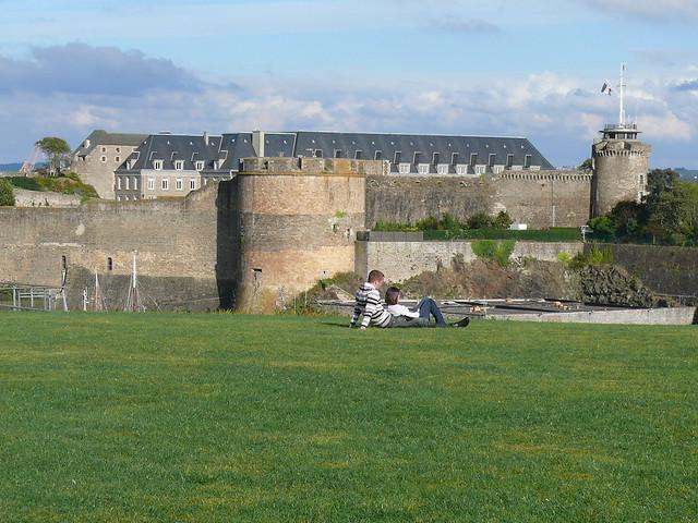 Brest vu sur le ch teau depuis le jardin des explorateu flickr photo sharing - Toile jardin castorama brest ...