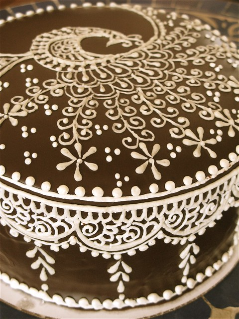 Mehndi Cake Qc : Mehndi cake frosted by http hennalounge