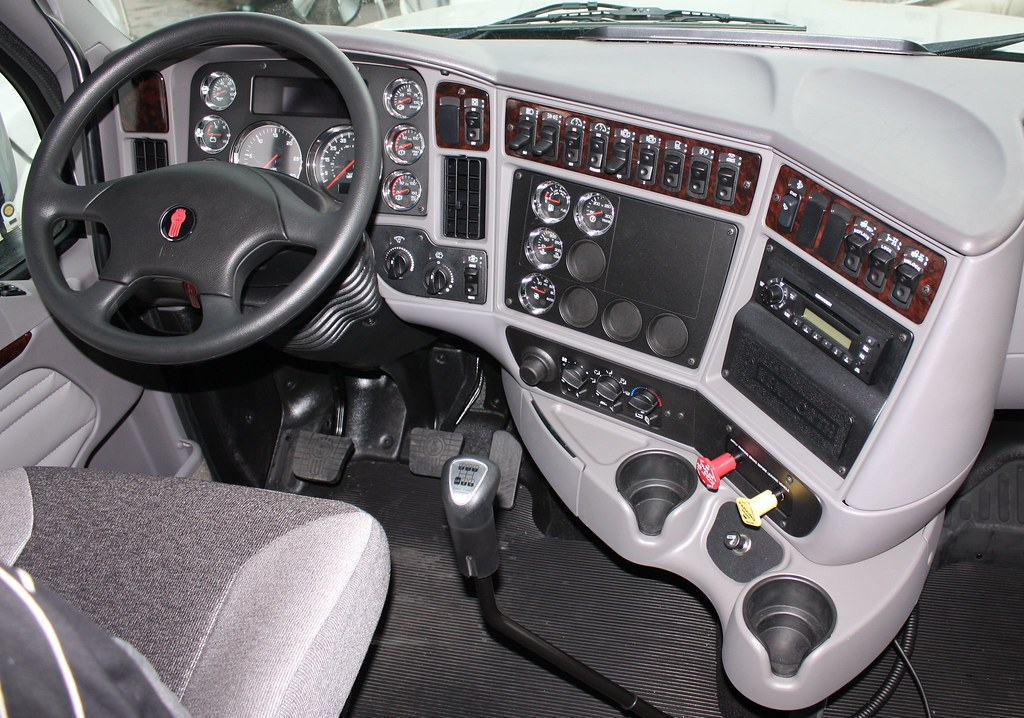kenworth t2000 interior images