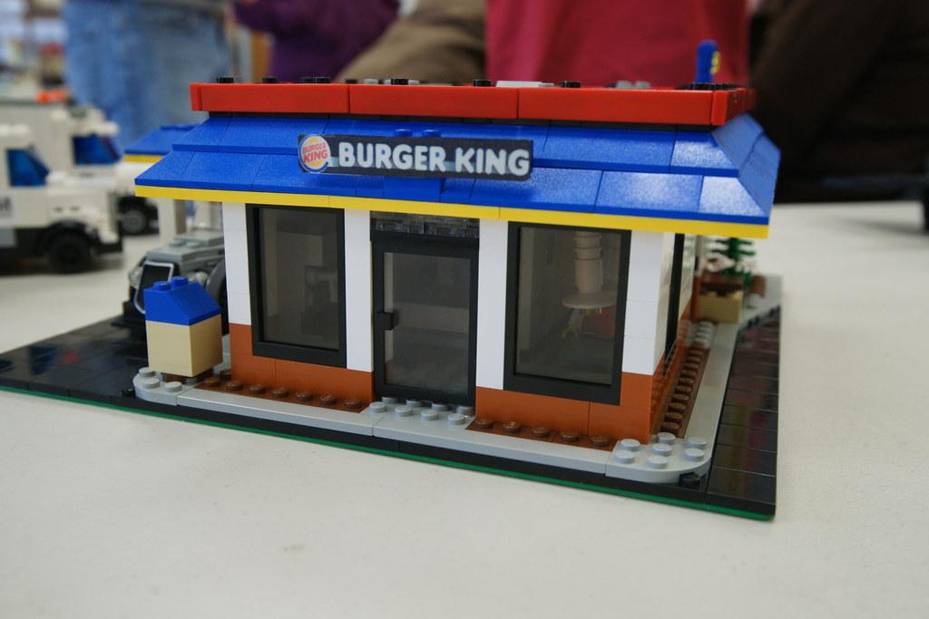 Burger King: LEGO® MOC | Based on the location at 5701 Backl… | Flickr