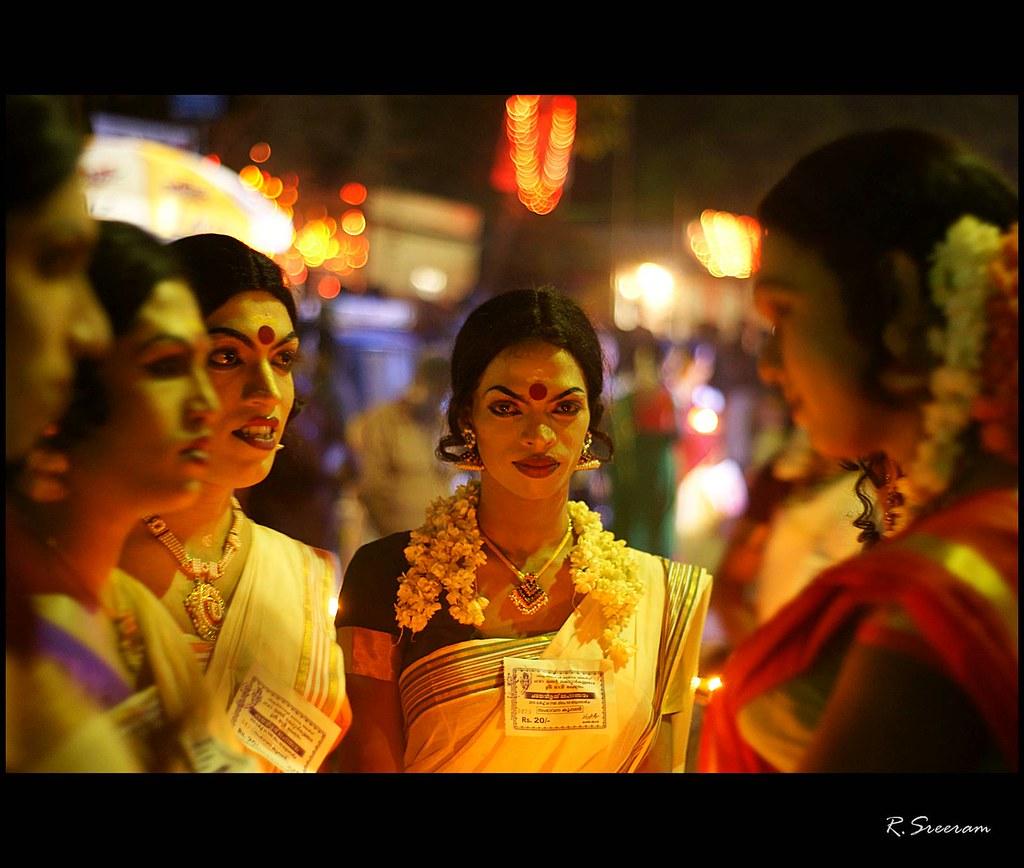 Chamayavilakku Photos: Kottankulangara Chamayavillanku Is A