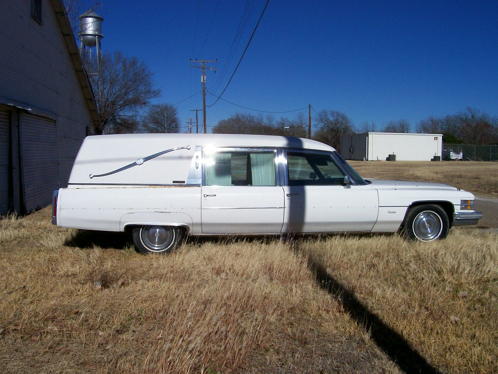 Pieskee Funeral Home Bremond Texas Old Hearse Shawn