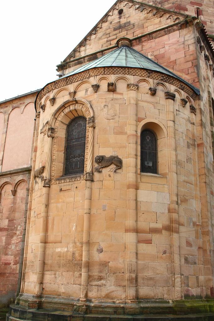 Eglise saint pierre et saint paul de rosheim eglise for Eglise romane exterieur