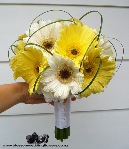 Gerbera Flower Wedding Bouquets: Bridal Bouquet Of White And