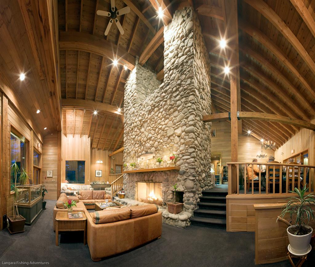 Chinook lodge lounge at langara island lodge world for Langara fishing lodge