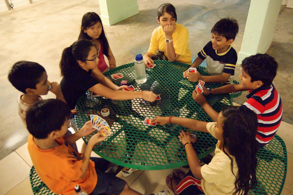 Kids Playing Uno | The more the people, the more the fun ...