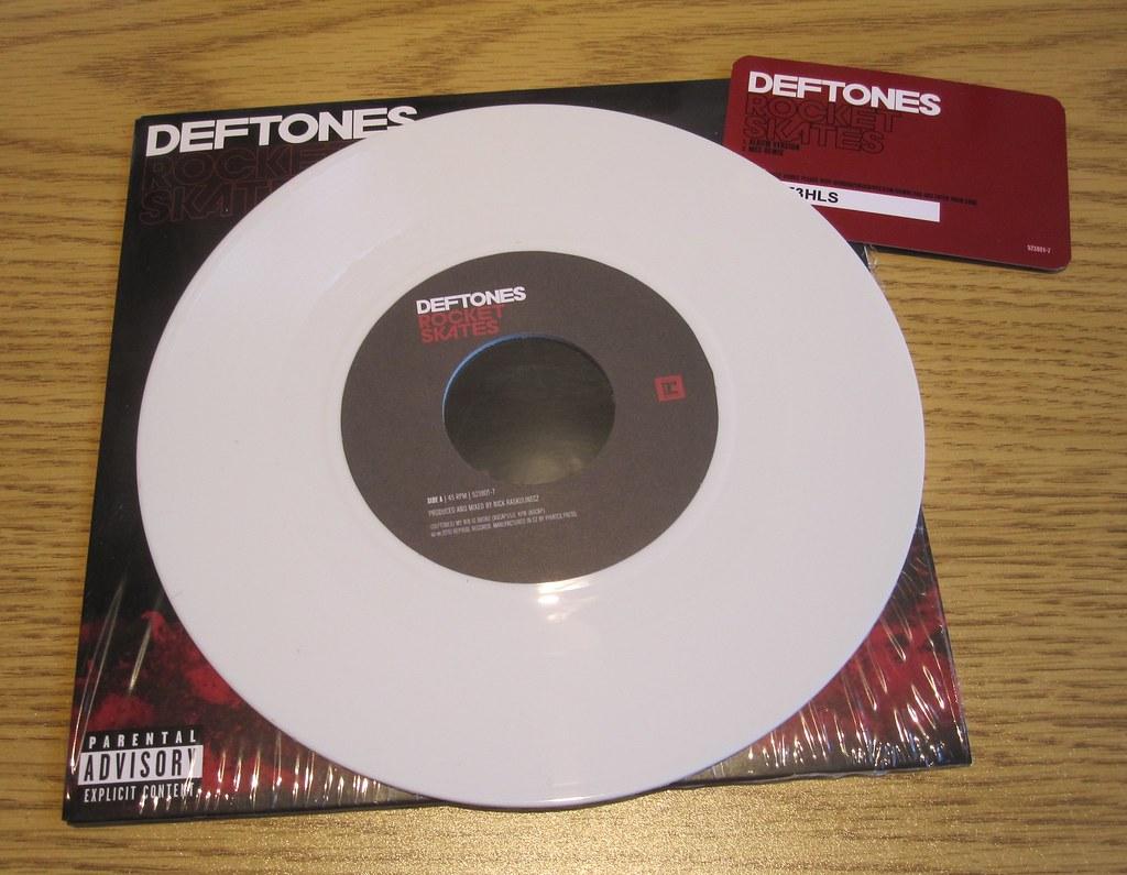 deftones rocket skates mp3 download