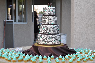 Ivory & Brown Piping w/ mini cupcakes | by Designer Cakes By April