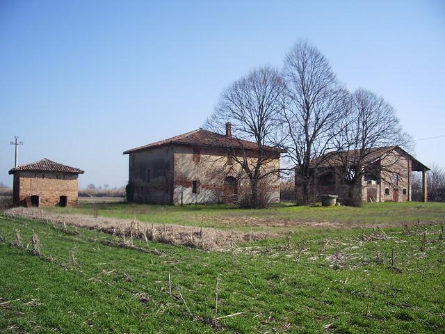 Architettura rurale la casa a corte aperta for Piani sud ovest della casa con cortile