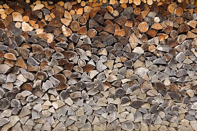pile de bois de chauffage sec pile de bois de chauffage s flickr. Black Bedroom Furniture Sets. Home Design Ideas