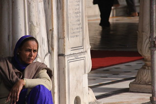 Woman at the Golden Temple - Amritsar India | by ChrisGoldNY