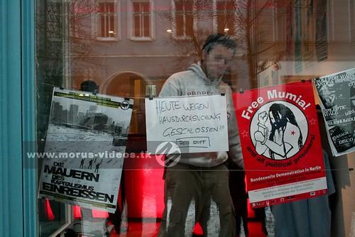 Razzia in antifa laden in berlin am heutigen dienstag for Indischer laden berlin