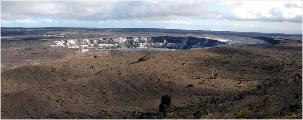 Kīlauea Volcano Caldera | Hawaii | John Skodak | Flickr