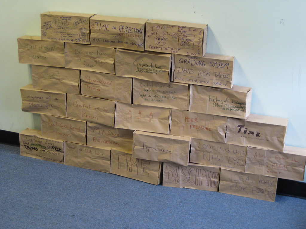 Paper bag building -  Building A Paper Bag Wall By Rorowe8