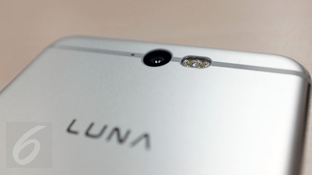 08-Luna