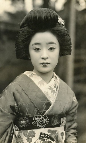 Geiko Tomeko 1930s | by Blue Ruin 1