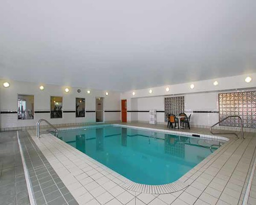 Indoor Swimming Pool Comfort Suites Denver Co For Fun Or F Flickr