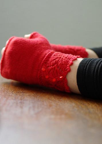 Veyla mitts | Pattern: Veyla by Ysolda Teague Yarn: 28g ...