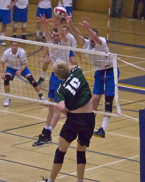 Davis and Menzel blocking Umlauft UCSB vs Hawaii | Flickr ...